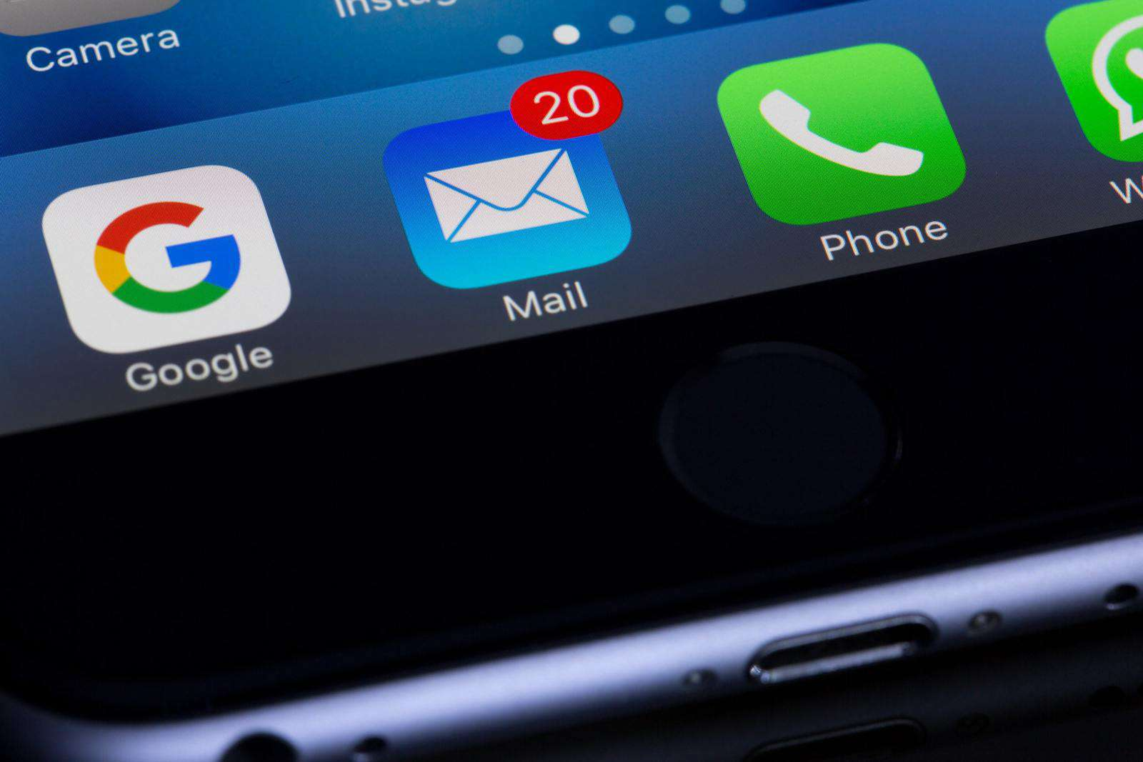 Email app on phone